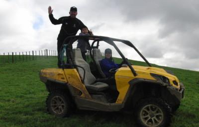トラクター ファーム体験 オークランド